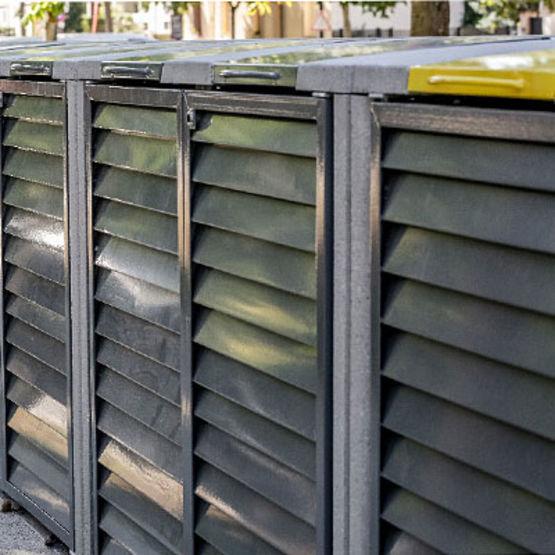 Abris conteneurs en b ton lisse jusqu 39 750 litres trion for Beton lisse exterieur