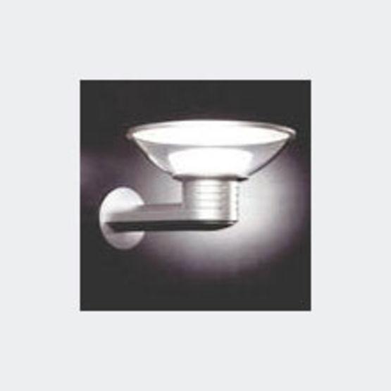 Applique borne et lanterne avec cand labre diffusant un for Candelabre exterieur