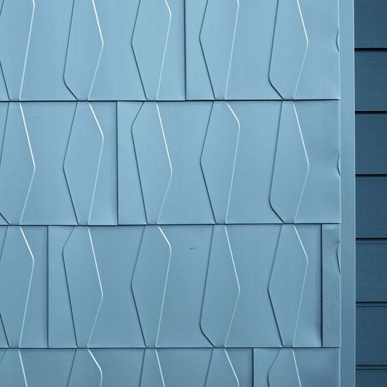 Bardeaux en zinc titane motifs en relief pour l for Feuille de zinc prix