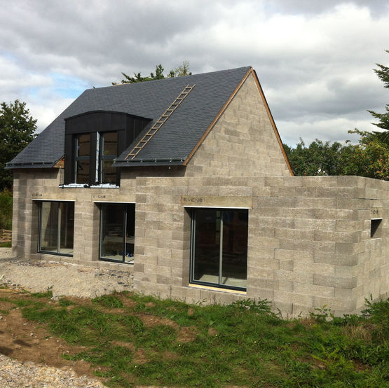 maison bloc beton great dsagrgation du mortier sur la