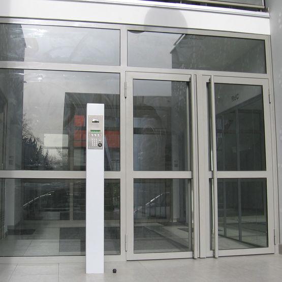 Bloc porte d 39 entr e vitr en profil s acier - Porte d entree acier ou alu ...