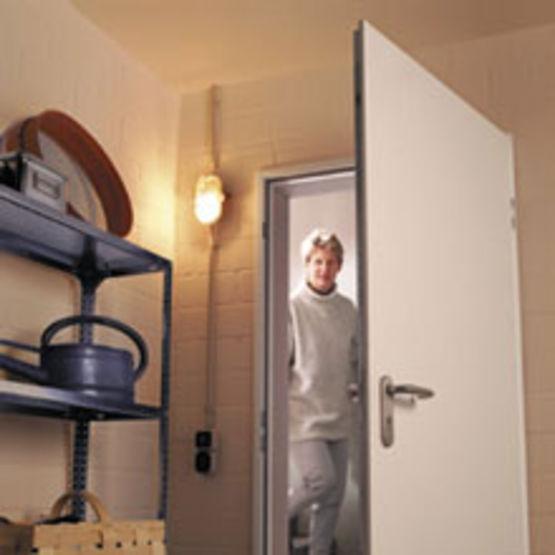 bloc porte en acier ksi 40 h rmann. Black Bedroom Furniture Sets. Home Design Ideas