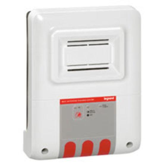 blocs autonomes d 39 alarme avec ou sans signalisation visuelle alarme incendie type 3 legrand. Black Bedroom Furniture Sets. Home Design Ideas