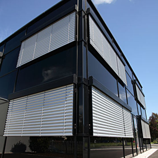 brise soleil orientable autoportant bso autoportant flip. Black Bedroom Furniture Sets. Home Design Ideas