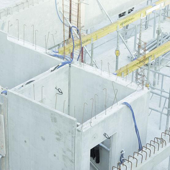 Cages d 39 escaliers et gaines d 39 ascenseurs pr fabriqu es for Ascenseur dans une maison