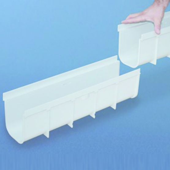 caniveau grille en pvc renforc first plast. Black Bedroom Furniture Sets. Home Design Ideas
