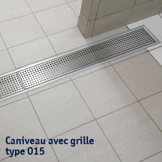 Caniveaux bl cher grille ou fente toutes largeurs en for Caniveau inox exterieur