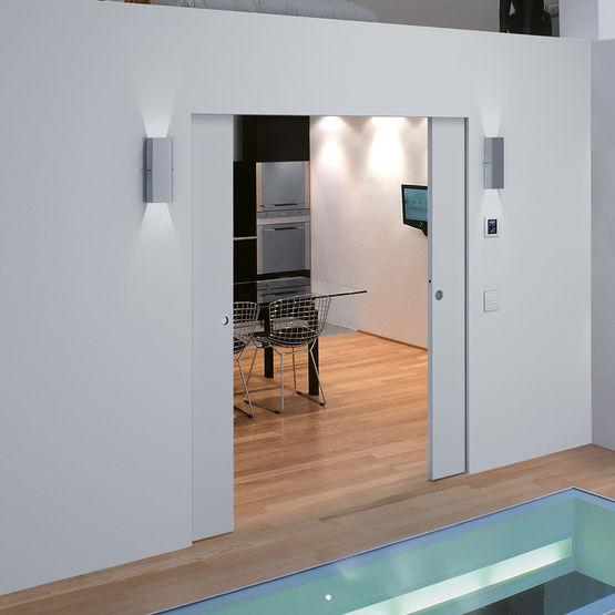 ch ssis pour porte coulissante galandage compatible prises et interrupteurs syntesis luce. Black Bedroom Furniture Sets. Home Design Ideas