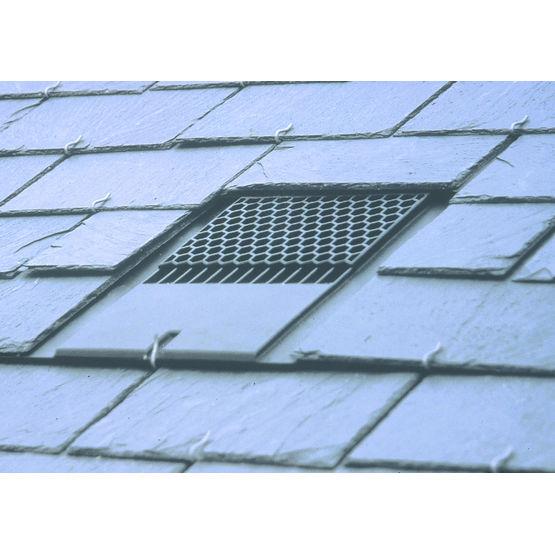 Chati re de ventilation pour toiture en ardoises tac 145 for Nid d oiseau sous toiture