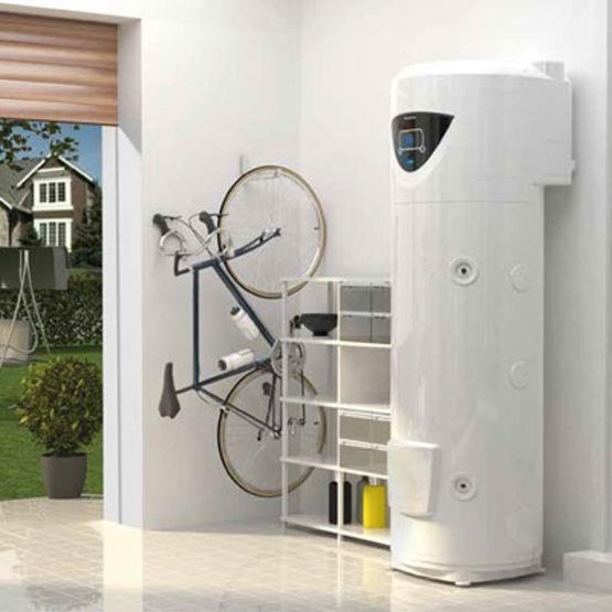 chauffe eau thermodynamique compact et silencieux nuos plus ariston. Black Bedroom Furniture Sets. Home Design Ideas