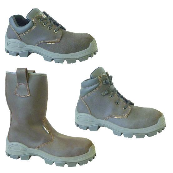 Chaussures de sécurité pour travaux extérieurs sur terrains meubles