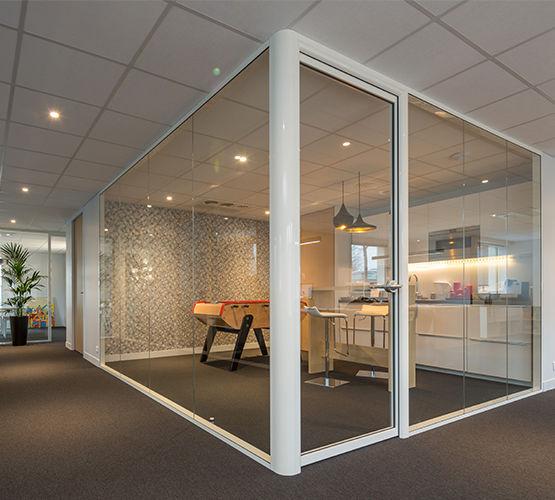 cloison simple ou double vitrage bord bord en 75 mm d 39 paisseur h7 transparence hoyez. Black Bedroom Furniture Sets. Home Design Ideas