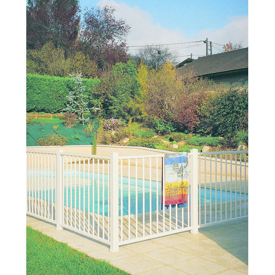 Cl ture barreaudage ou remplissage verre pour piscine for Cloture de piscine