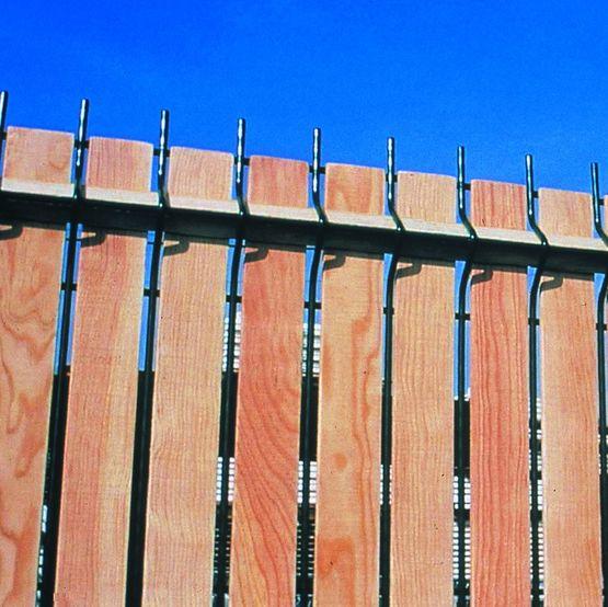 Aquiwood cl ture acier remplissage bois batiproduits - Devis cloture bois ...