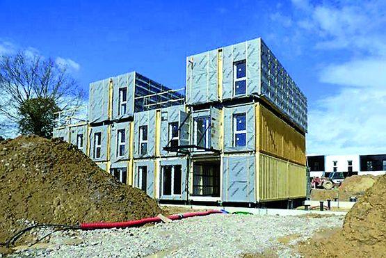 construction modulaire de logements partir de containers crossbox houses b3 ecodesign. Black Bedroom Furniture Sets. Home Design Ideas