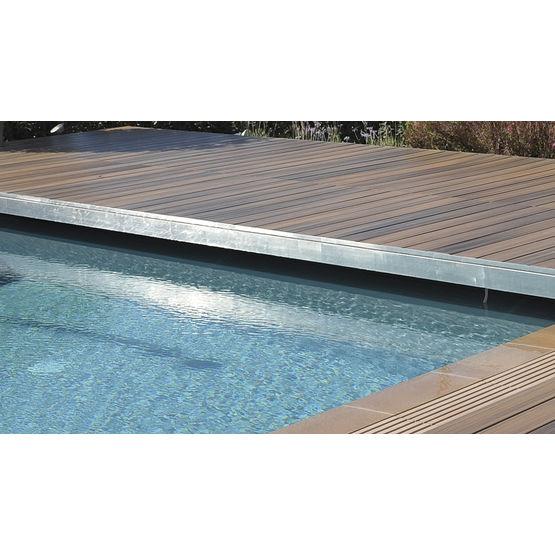corni re de finition pour terrasse en bois corni re de. Black Bedroom Furniture Sets. Home Design Ideas