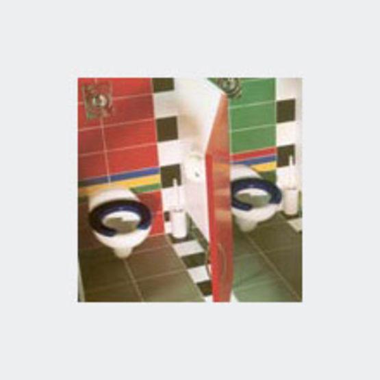 cuvettes wc suspendues ou sur pied pour enfants bambi duravit. Black Bedroom Furniture Sets. Home Design Ideas