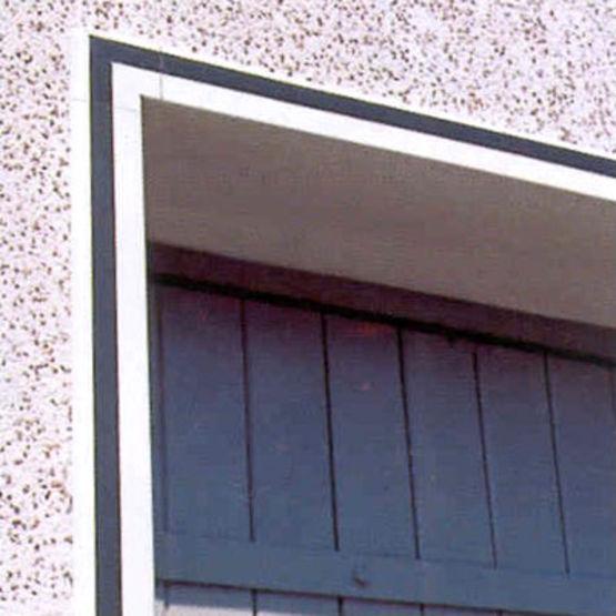 Encadrement de baie en pvc extrud vinycom vinylit for Encadrement fenetre pvc