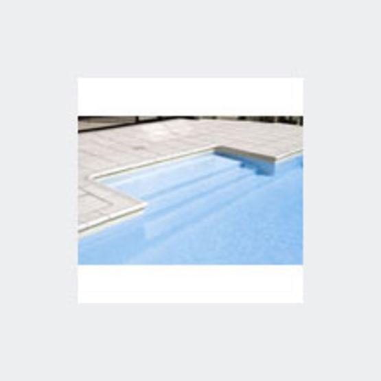 Escalier pour piscine piscines magiline for Accessoire piscine magiline
