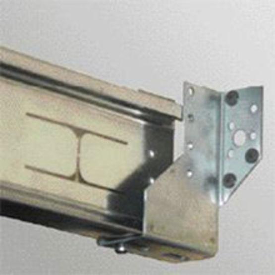 Faux plafond sur ossature m tallique primaire pour grandes for Materiel faux plafond