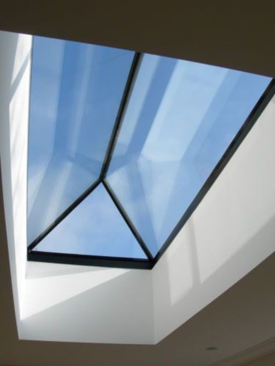 Fen tre de toit pour toiture plate gv pyramide for Marque fenetre de toit
