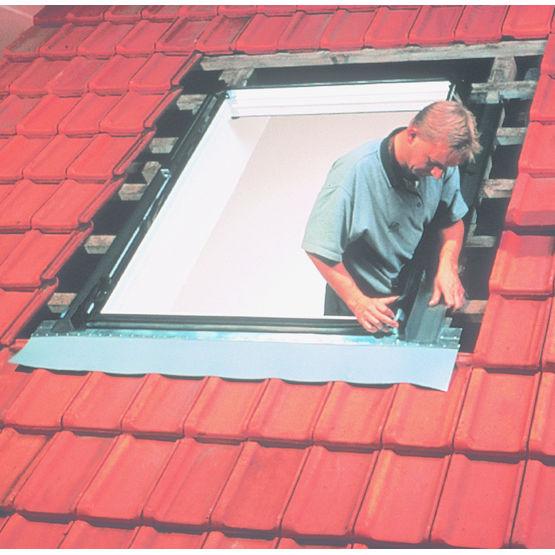 fen tre de toit sur mesure pour r novation 845 mr pvc. Black Bedroom Furniture Sets. Home Design Ideas
