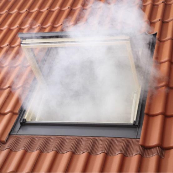 Fenêtre De Toit Velux Pour Désenfumage Incendie Exutoire De