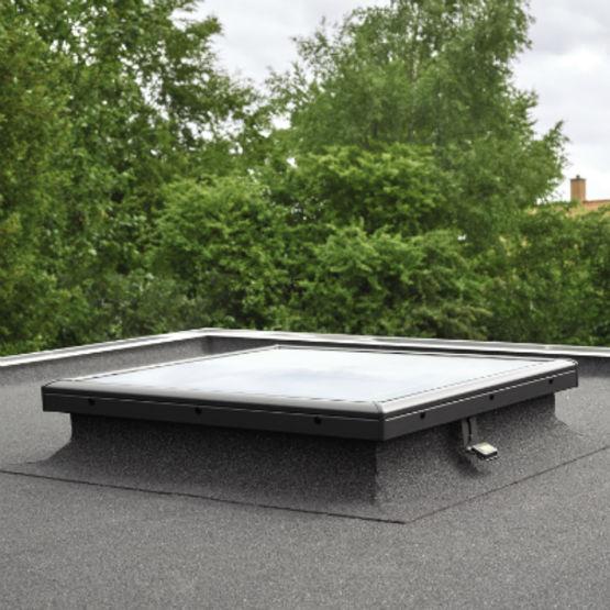 Fen tre plane en verre pour toit plat fen tre plane velux - Fenetre de toit plat ...