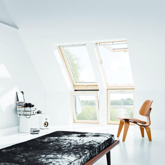 fen tre verticale formant all ge associer une fen tre de toit velux. Black Bedroom Furniture Sets. Home Design Ideas