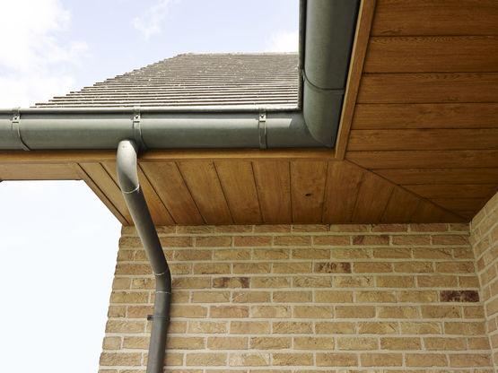 Habillage en PVC pour rives et sous toiture Profilés sous face DECEUNINCK