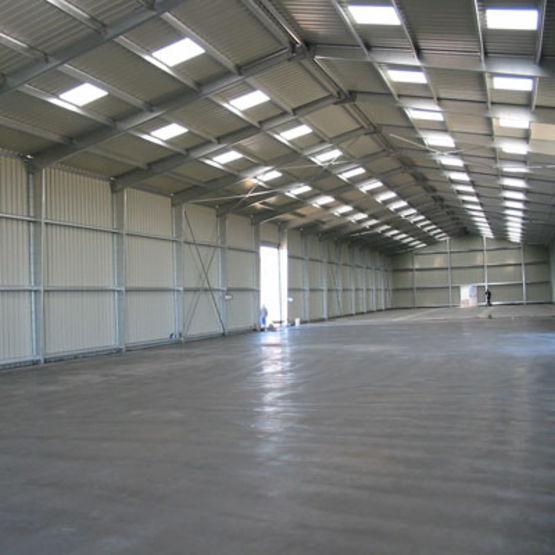 Hangars m talliques pour stockage logistique ateliers - Hangar gratuit avec toiture photovoltaique ...