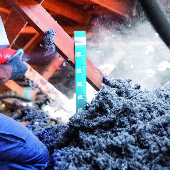 isolants base de laine de coton recycl e pour projection en combles perdus isotextil isocomble. Black Bedroom Furniture Sets. Home Design Ideas
