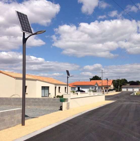 Lampadaire solaire leds de 120 wc de puissance de for Lampadaire solaire exterieur