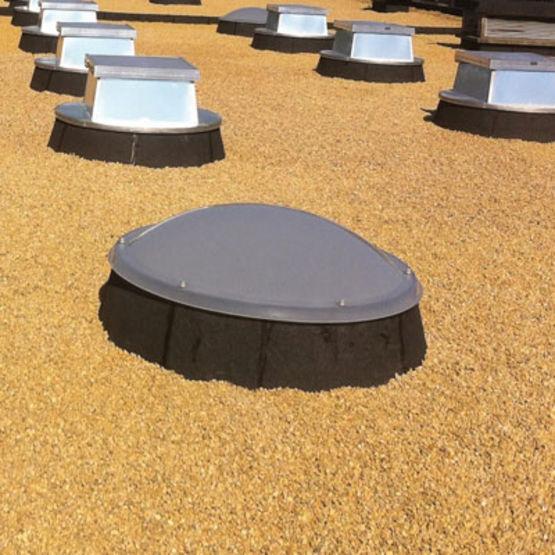 lanterneau ponctuel pour toiture avec tanch it ecolux. Black Bedroom Furniture Sets. Home Design Ideas