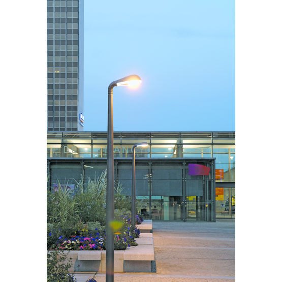 lanternes pour clairage urbain sous face lumineuse. Black Bedroom Furniture Sets. Home Design Ideas
