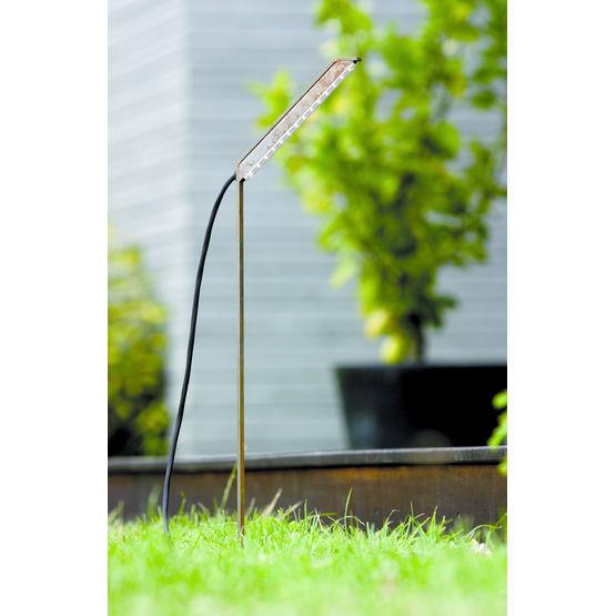 Luminaire ext rieur planter dans sol meuble rizem for Luminaire sol exterieur