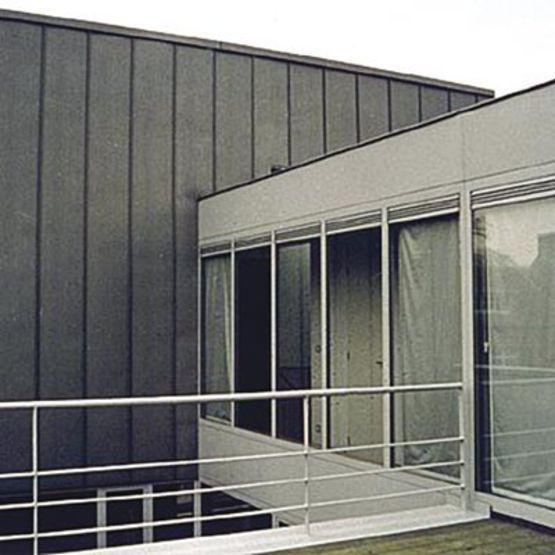 menuiseries en acier rupture de pont thermique janisol jansen descasystem. Black Bedroom Furniture Sets. Home Design Ideas