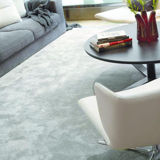 Moquette tuft e d 39 aspect soyeux satine lano carpets for Moquette en gros