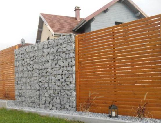 mur de cl ture en gabions cl ture mince en gabions stonekit. Black Bedroom Furniture Sets. Home Design Ideas