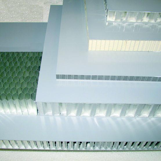 panneau alv olaire en aluminium pour plancher fa ade ou am nagement luxboard a ak luxpanel. Black Bedroom Furniture Sets. Home Design Ideas