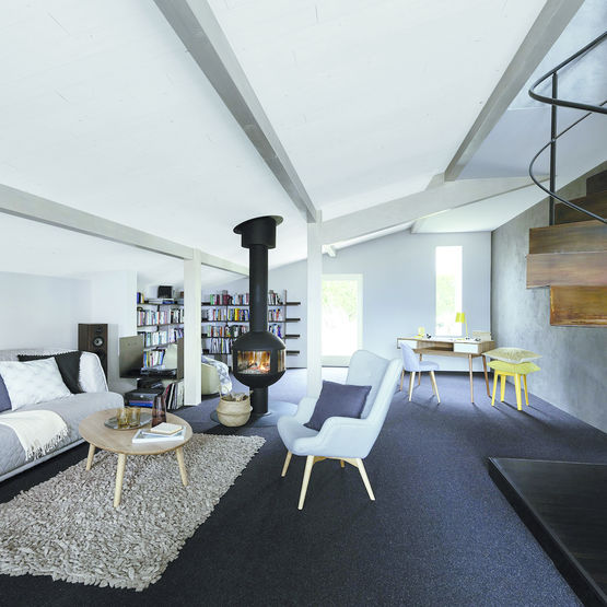 panneau d 39 isolation de toiture en bois massif teint blanc. Black Bedroom Furniture Sets. Home Design Ideas