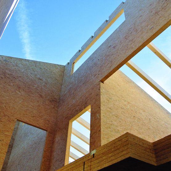 Panneau osb structurel pour construction bois massif for Construction bois massif