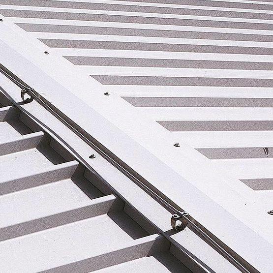 panneaux coupe feu ei30 ei180 pour toitures cloisons et fa ades. Black Bedroom Furniture Sets. Home Design Ideas