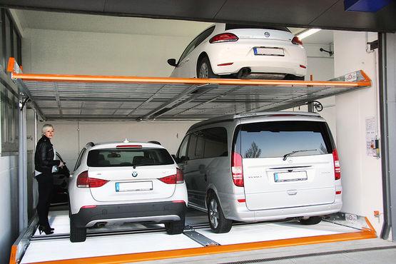 Parking m canis pour stationnement ou stockage de 1 4 - Jeux de voiture a garer dans un garage ...