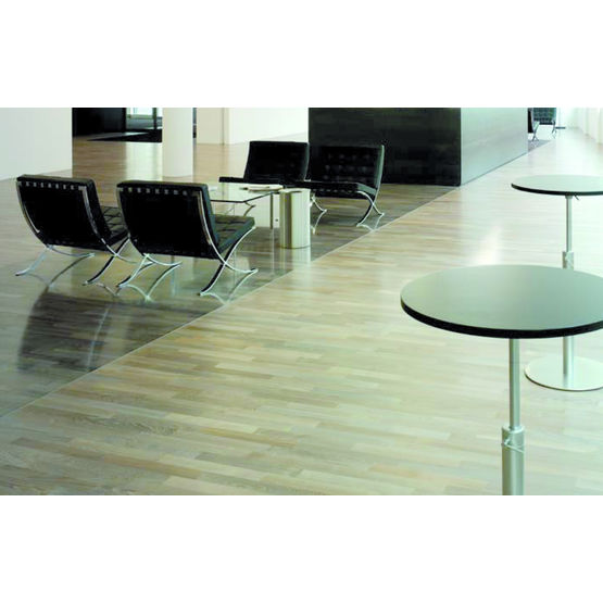 parquet contrecoll densifi en h tre teint m gadenspark bauwerk parquet. Black Bedroom Furniture Sets. Home Design Ideas