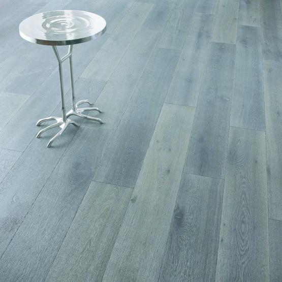 parquet rustique en ch ne teint gris noir basalt. Black Bedroom Furniture Sets. Home Design Ideas