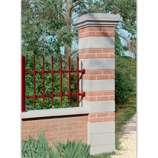 pilier lisse d 39 aspect pierre taill e pilier brique et pierre weser. Black Bedroom Furniture Sets. Home Design Ideas