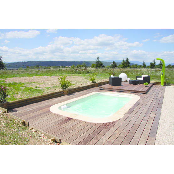Piscine spa couverture escamotable en bois composite for Couverture piscine bois