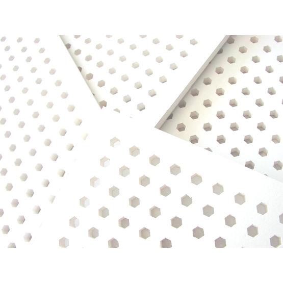 Plafond d montable en plaques de pl tre perfor es for Plafond suspendu en plaque de platre