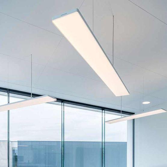 lunexo led plafonnier et luminaire suspendu technologie led pour le tertiaire batiproduits. Black Bedroom Furniture Sets. Home Design Ideas